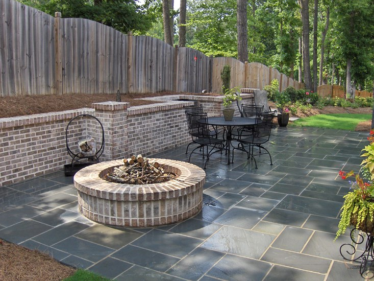 brick-outdoor-firepit